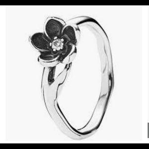 Pandora Mystic Flower ring